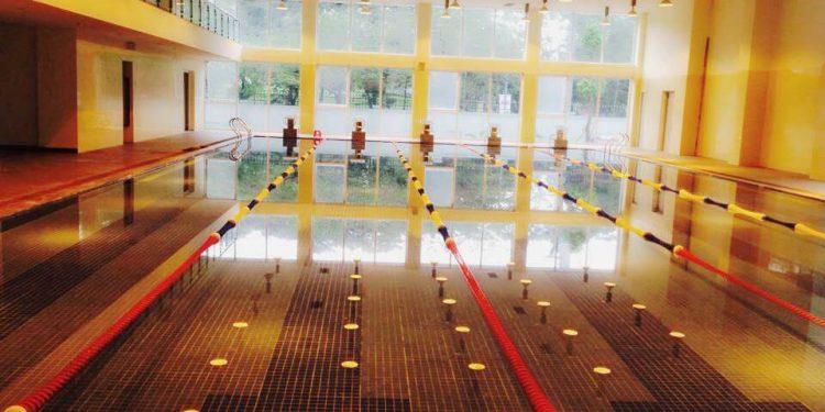 Bể bơi Dịch Vọng B