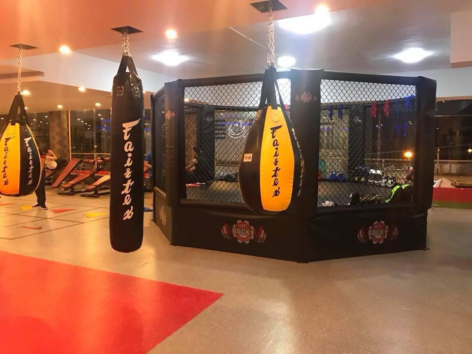 phòng tập Rocky Fitness Center