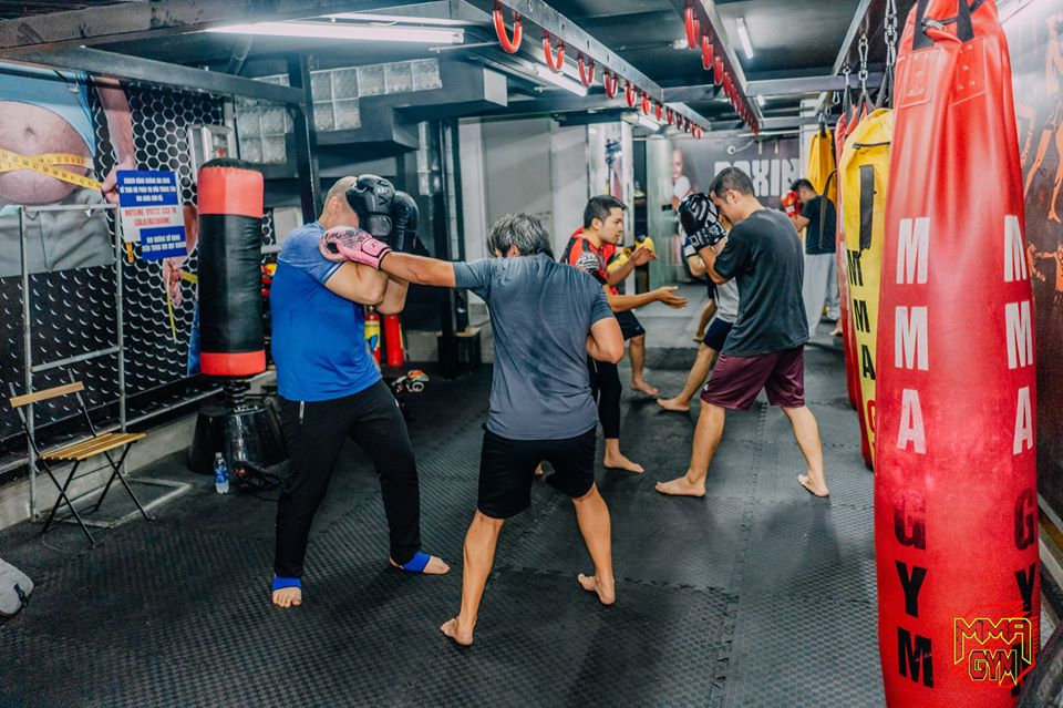 review phòng tập MMA gym