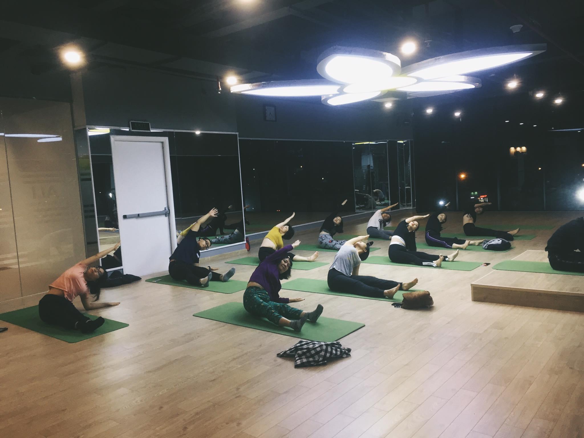 phòng tập yoga quận nam từ liêm