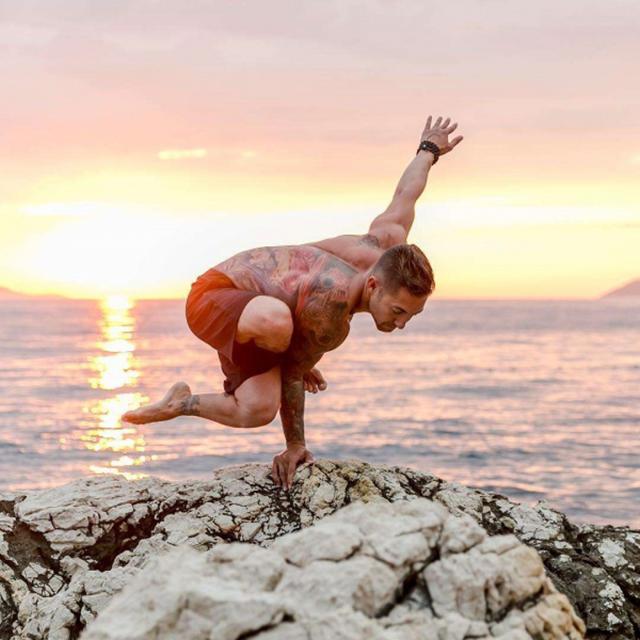 tác dụng của yoga giúp tăng cường khả năng sinh lý