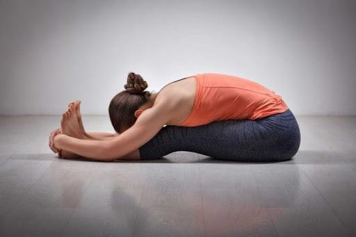 bài tập yoga thời kỳ kinh nguyệt