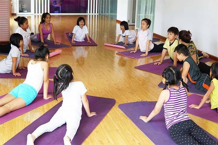 lớp học yoga cho trẻ em ở tp.hcm
